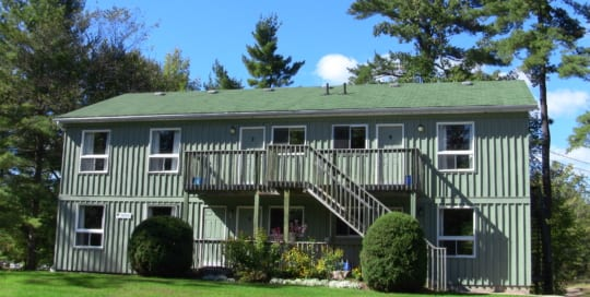 Pine Vista Resort Treetop accommodation exterior