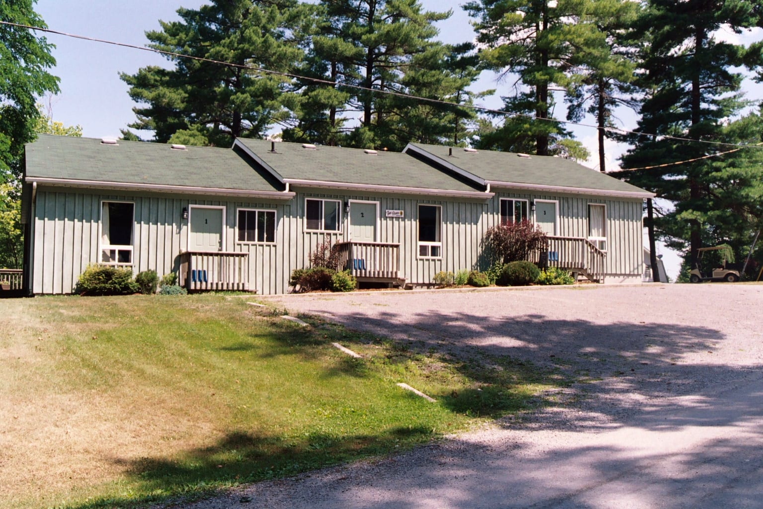 Pine Vista Resort Pines accommodation exterior